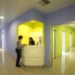 Dentista a Lecce. La cura dei clienti, per noi, passa prima dal rispetto degli appuntamenti e della durata degli interventi.